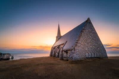 Chapelle Notre dame de la Garde, Etretat France Geoffrey Lje