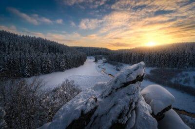 Le Rocher du Bieley au coucher du soleil Belgique Geoffrey Lje