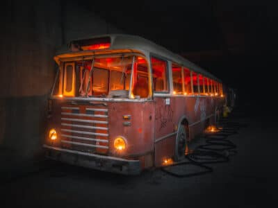 Ghost Bus ghost tunnel Liège urbex exploration urbaine abandonné Geoffrey Lje let's just explore