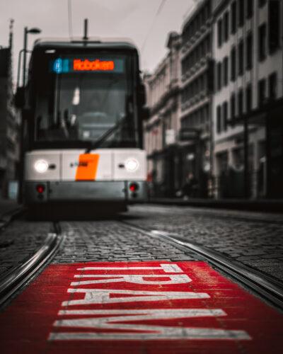 Tram Anvers street photography Geoffrey Lje